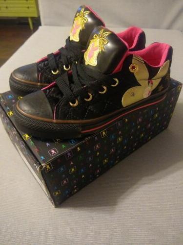 black tennis shoes women s size 6