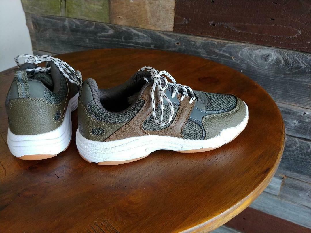 Boys Size - Class Shoes - Brown -