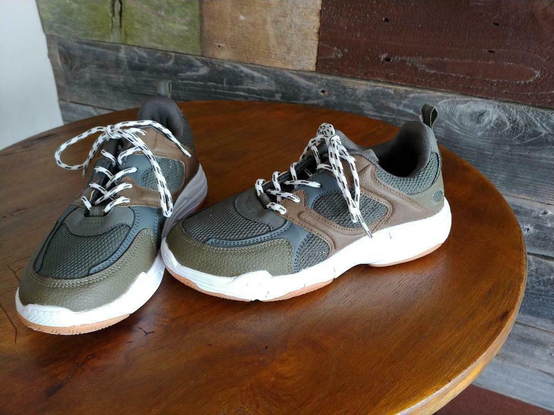 Boys Size - Tennis Shoes Brown - Gray