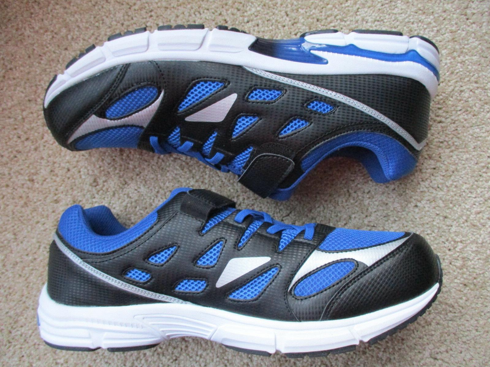 Brand New Men's tennis shoes #10797