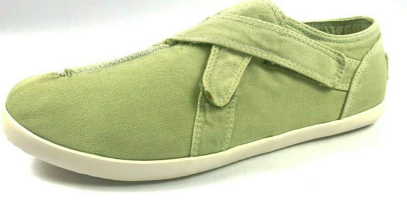 new unstitched canvas maui tennis shoes triple