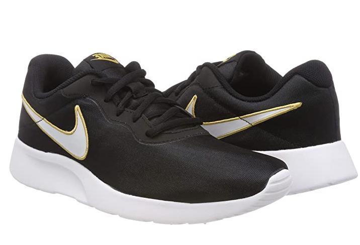 Nike Tanjun SE Sneaker - 8US