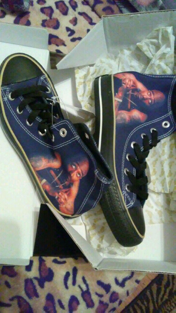 tupac high top tennis shoes brand new