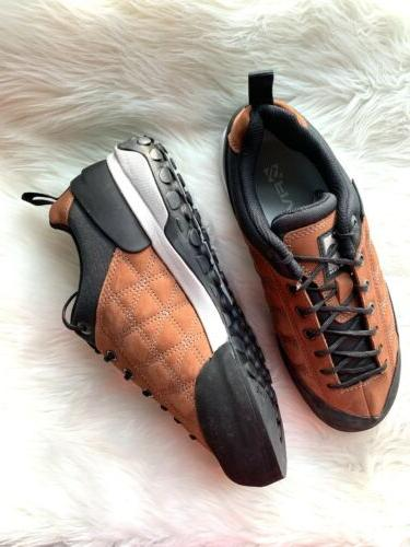 womens guide approach tennis shoes in color
