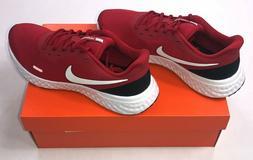 Men's Nike Revolution 5 Tennis Shoes