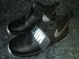 NWOB Boys Nike Shoes Size 2- Team Hustle
