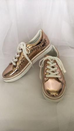Rose Gold Metallic Tennis Shoes Tie Up Sneakers Athletic Sho