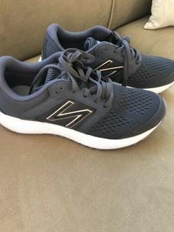 Women's NEW BALANCE 520 Gray/Black Tennis Shoes NEW Size 9