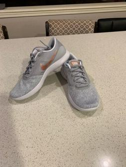Womens Nike Flex Contact Tennis Shoes Size 8.5 Rose Gold New