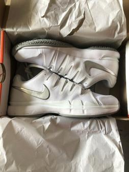 Womens Nike Zoom Vapor 9.5 Tour Size 7 Tennis Court Shoes